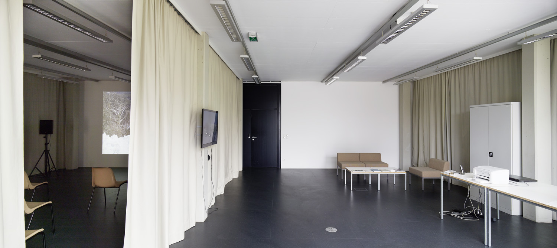 Nicole Six & Paul Petritsch — Das Denkmal, Kunstraum Lakeside, 2015 | Photo: Johannes Puch