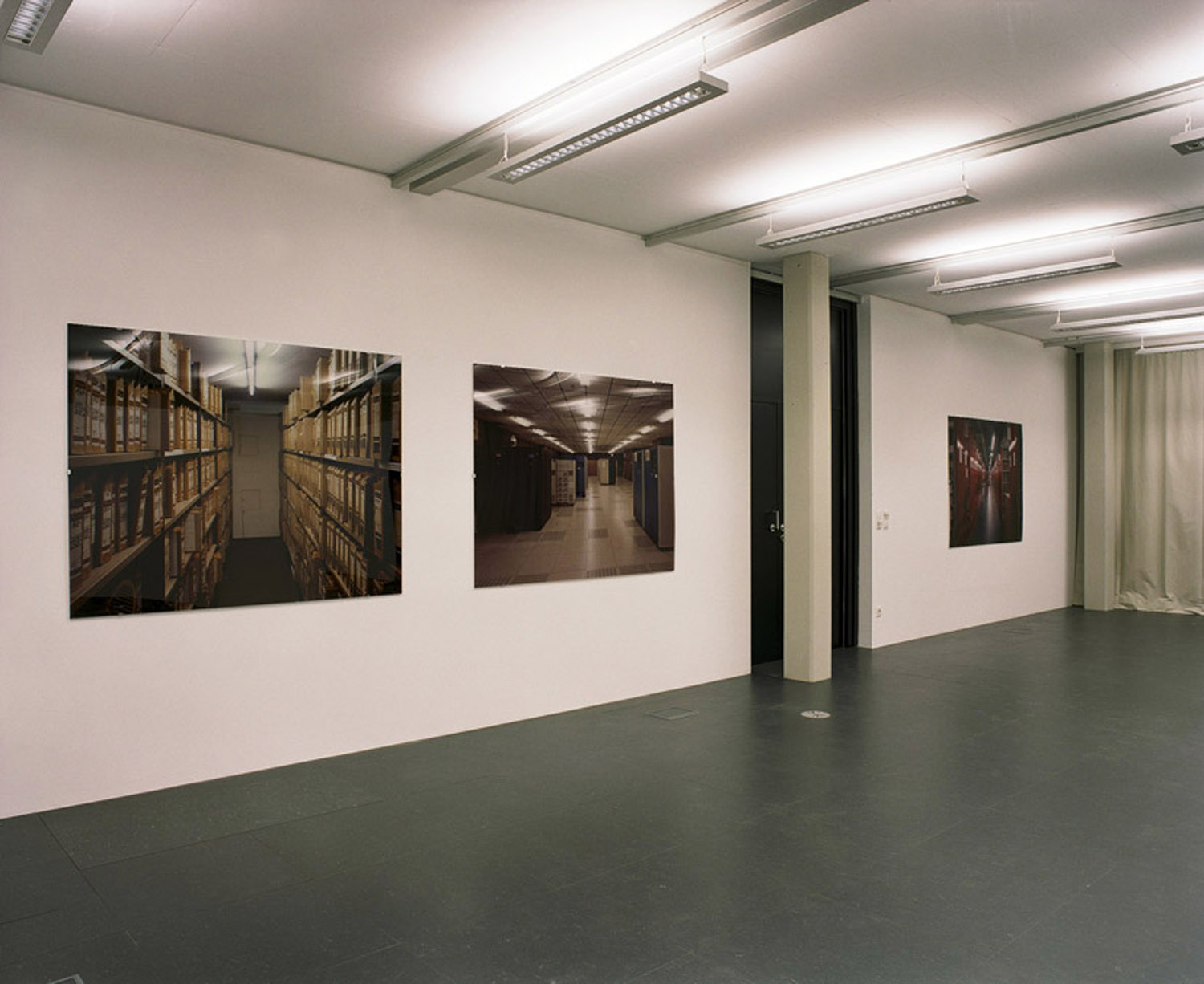 Ernst Logar — Non Public Spaces, Kunstraum Lakeside, 2006 | Photo: Ernst Logar