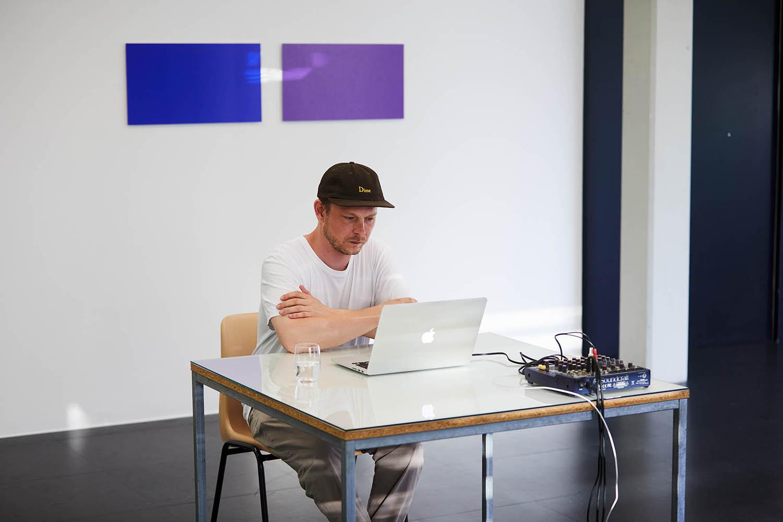 Statement #05 | Ulrich Nausner — The Visitor | Foto: Johannes Puch